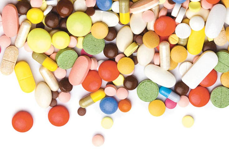 Casi mitad de medicinas son falsas