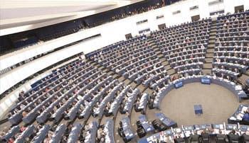 Europa dejaría de transferir datos bancarios a EE.UU.