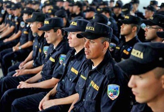 Policías marcharán para adelantar jubilación