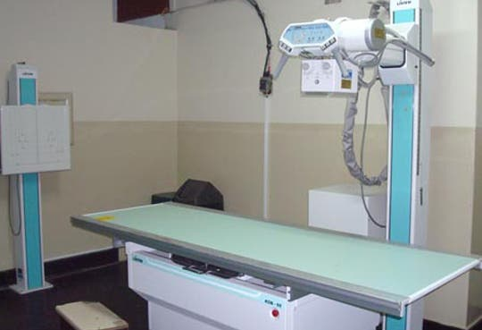 Ciudad Neily con nuevo equipo de rayos X