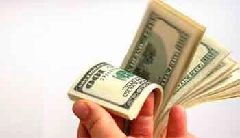Si pide prestado en dólares, mejor piénselo…