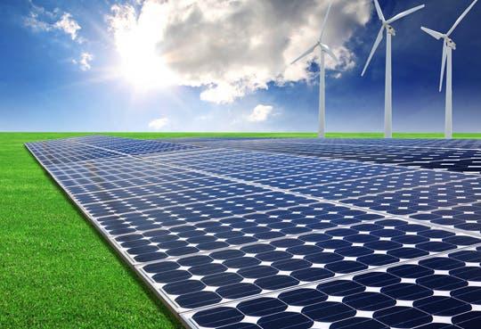 RECOPE ahorra $ 5000 mensuales por paneles solares