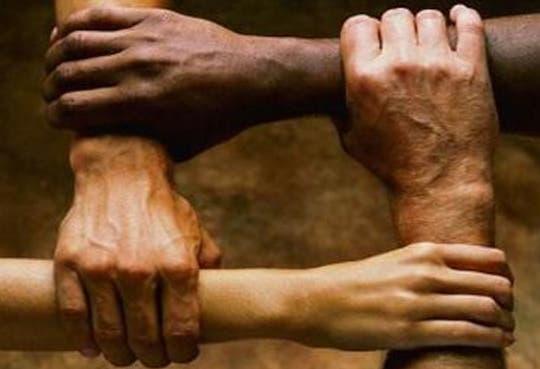 201311011138461.racismo-web.jpg