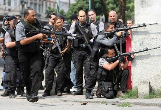 Sustituyen policías de Río tras denuncias de torturas