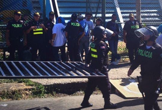 Violencia obliga cancelación de audiencia en Limón