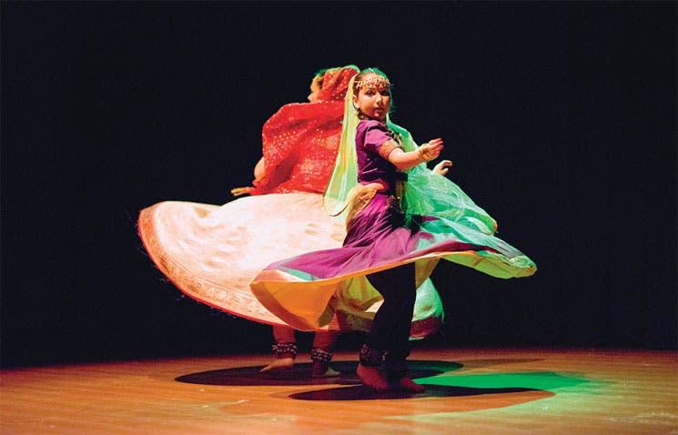Danzas de la India llegan a Pinares