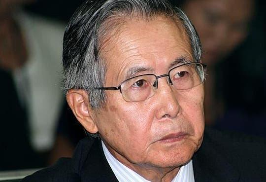Abogado de Fujimori denuncia a ministros por tortura y abuso
