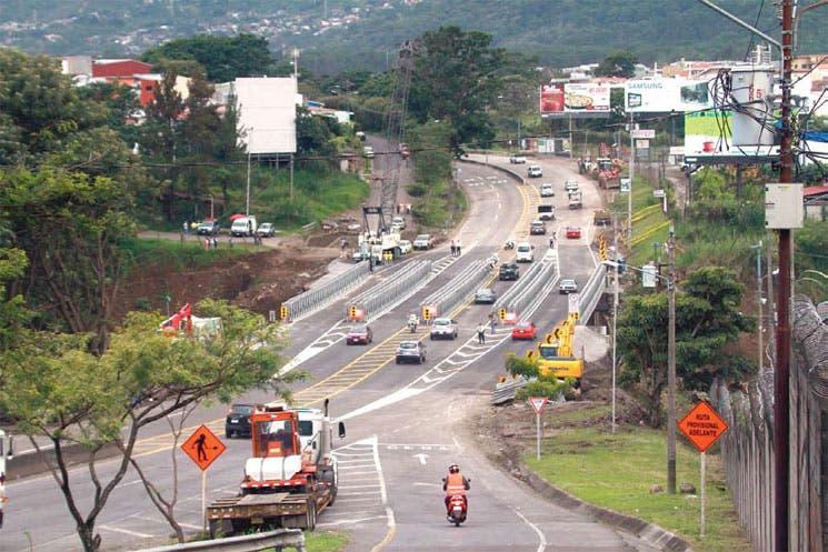 Puentes reviven tránsito en Área Metropolitana