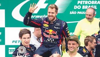 """Vettel a lo """"Schumi"""""""