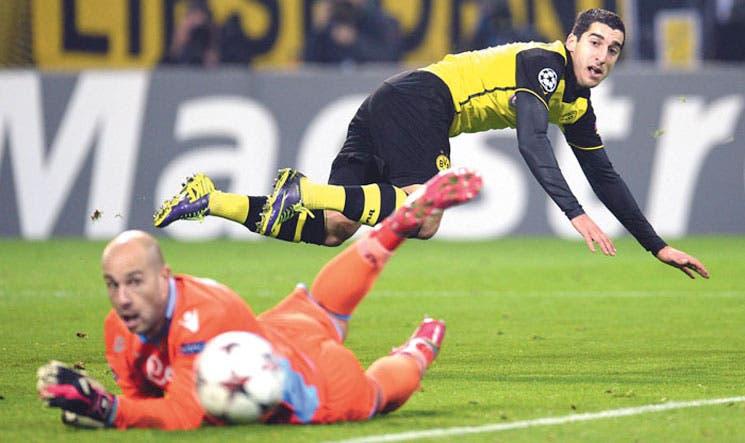 Dortmund sobrevive
