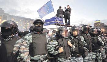 Ucranianos insisten en entrar a UE
