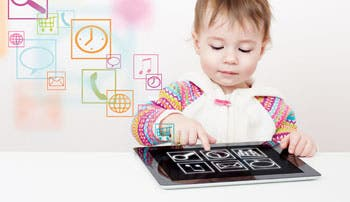 """Alertan del riesgo de que los bebés usen """"smartphones"""""""