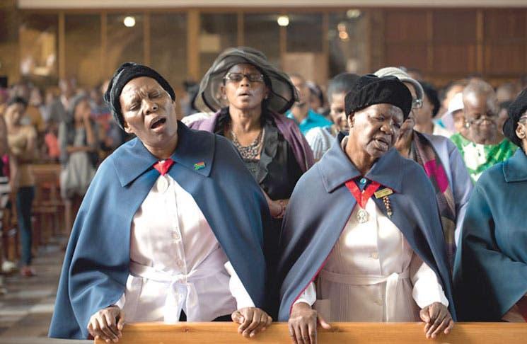 Mandela congregó el rezo de todas las religiones
