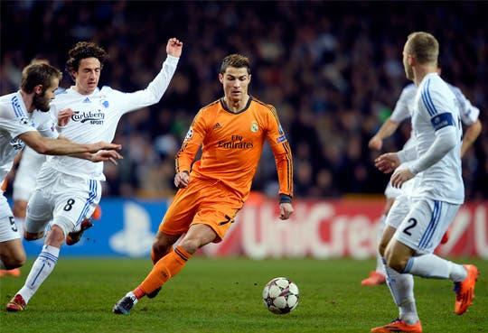 Cristiano, mejor jugador del mundo por revista World Soccer