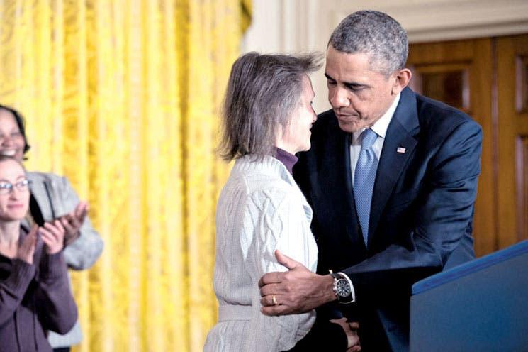 Obama urge subsidios de desempleo