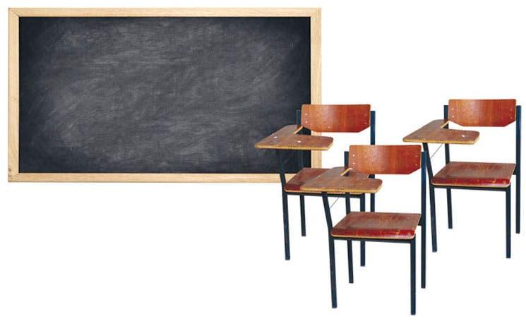 Caída en matrícula deja aulas vacías