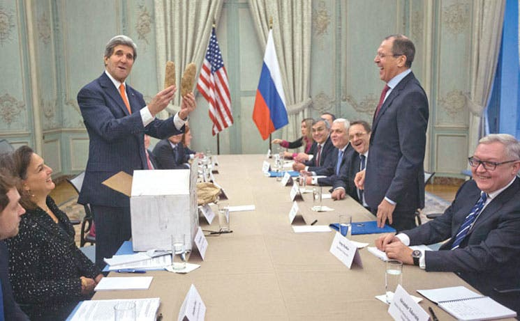 EE.UU. y Rusia piden acelerar paz en Siria