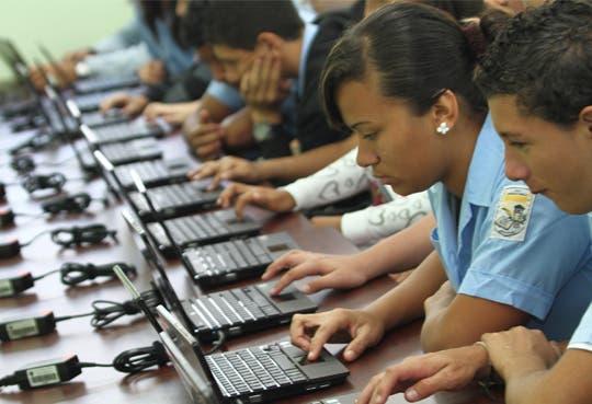 Listo Salario escolar para empleados públicos