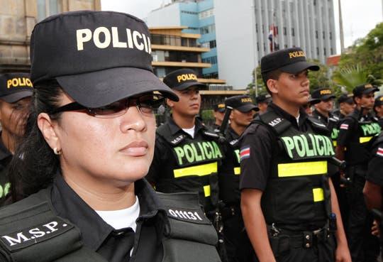 Mil Policías vigilarán salario escolar