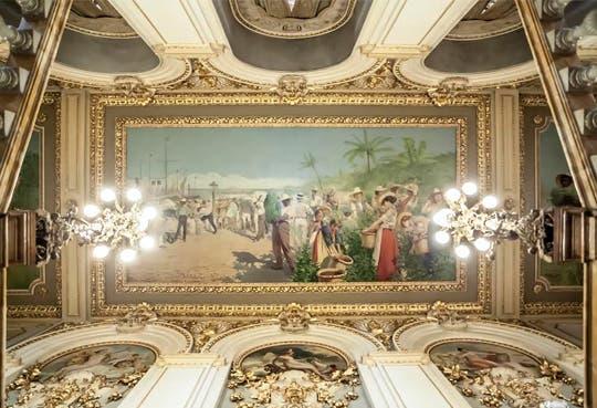 Techo interno del Teatro Nacional entre los mejores del mundo