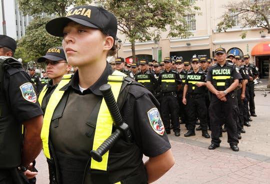 """Policías con uniformes """"inteligentes"""""""