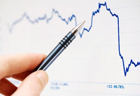 Déficit crece y sin medidas para bajarlo