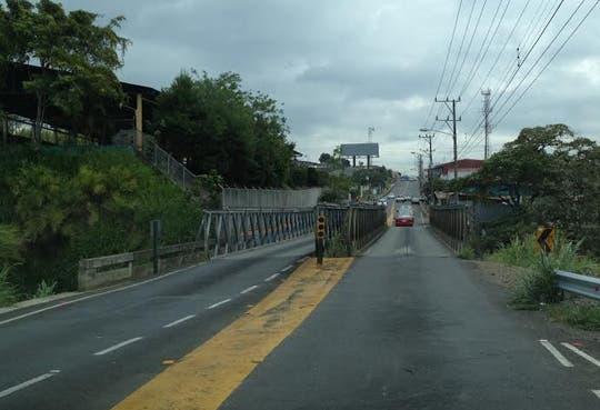 Iniciarán obras para puente en Tibás