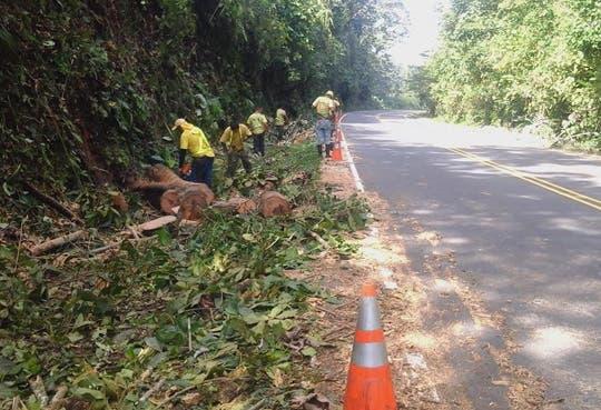 [Audio] Rehabilitan vías en la provincia de Limón