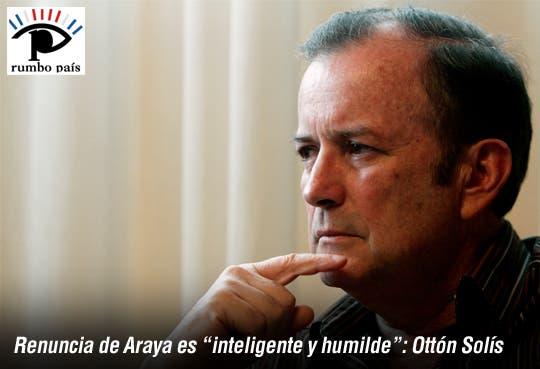 """""""Es un acto inteligente, humilde"""": Ottón Solís"""