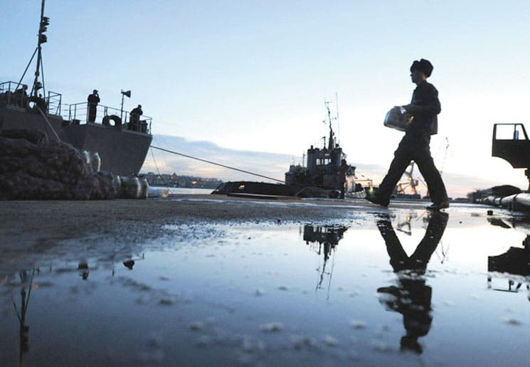 Flota rusa del mar Negro bloquea Sebastopol