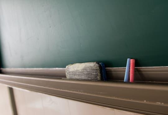 Educadores pretenden huelga indefinida