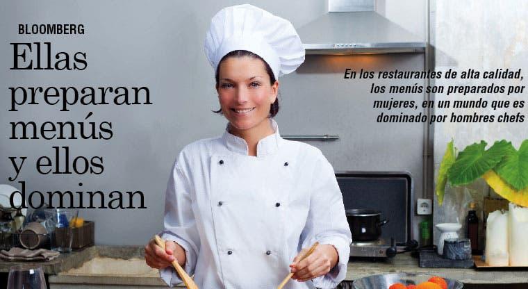 Mujeres preparan sabrosos menús en un mercado liderado por hombres