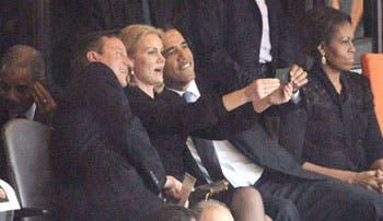 """La fiebre de los """"selfies"""" contagia a los expresidentes"""
