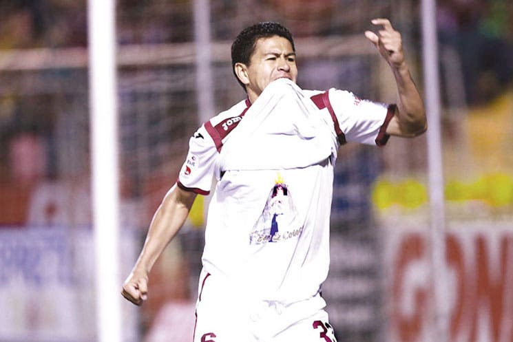 Saprissa sigue ganando