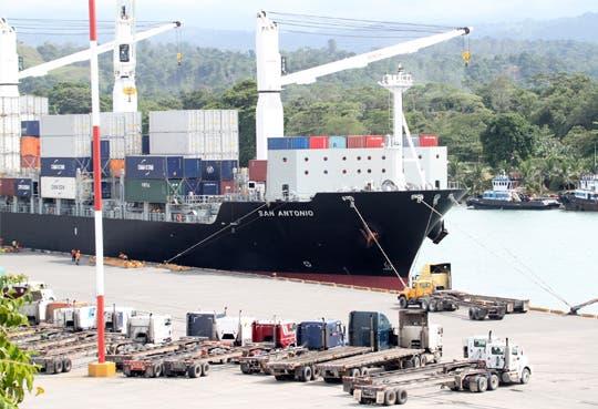 Industriales temen millonaria perdida por cierres de Muelle
