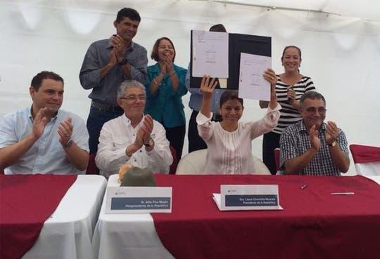 Legalizan derechos de habitantes del Caribe