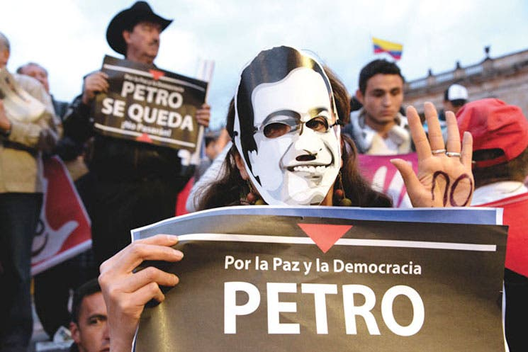 Santos designa a nuevo alcalde de Bogotá