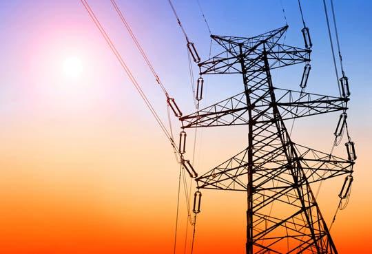 Importar más energía reduciría costos eléctricos