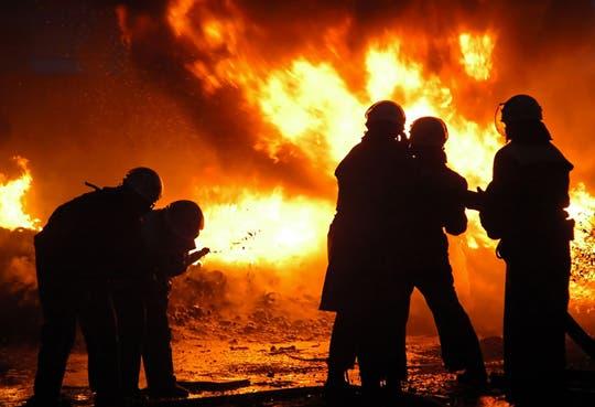¢100 millones para asistencia social por incendio