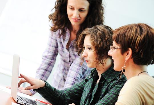 Promueven liderazgo entre mujeres empresarias