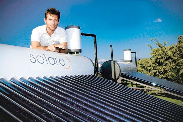 Energía solar calienta gratis el agua
