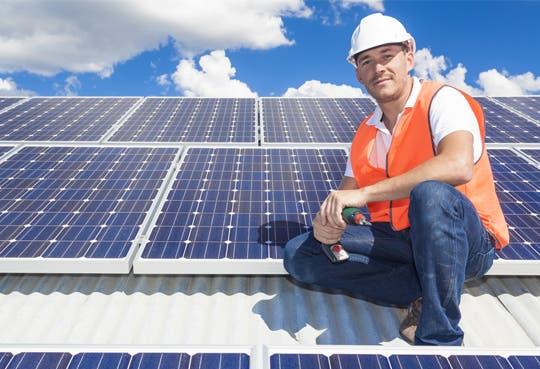Energía solar y entrega de excedentes tienen luz verde