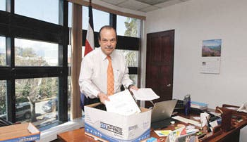 Ministros de Chinchilla preparan maletas