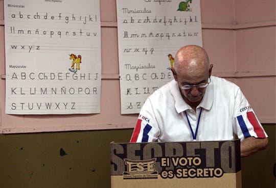 88 mil personas vigilaron elecciones