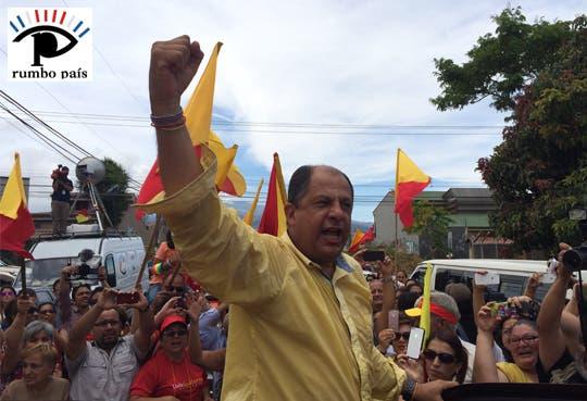 """Solís: """"Más de un millón de costarricense dijeron sí al cambio"""""""