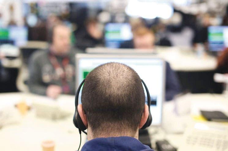 Cazadores de empleo usan redes sociales en EE.UU.