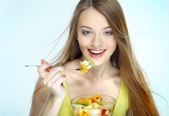 Ticos aumentan consumo de frutas y compra en ferias