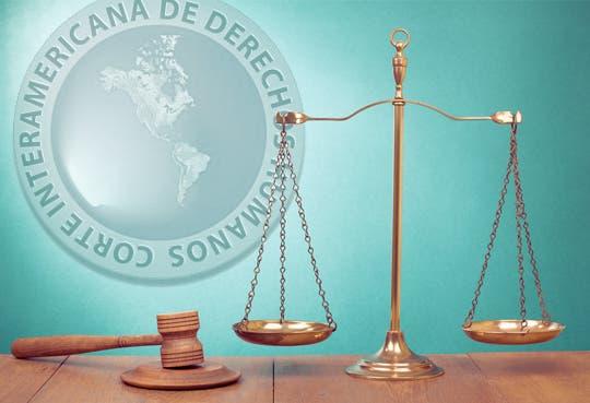 Acatan un mandato de Corte por FIV