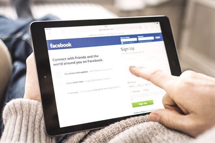 Facebook verifica noticias publicadas por sus usuarios
