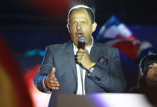 Solís reitera compromiso con propuestas de gobierno